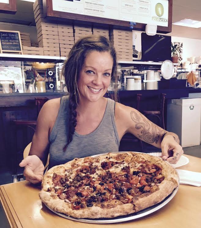 Social Media - pure pizza